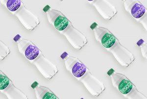 Imagem de fundo com garrafas da água Frescca